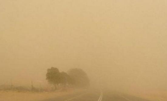 إغلاق طريق وادي عربة بسبب انعدام مدى الرؤية .. حالة الطرق في المملكة