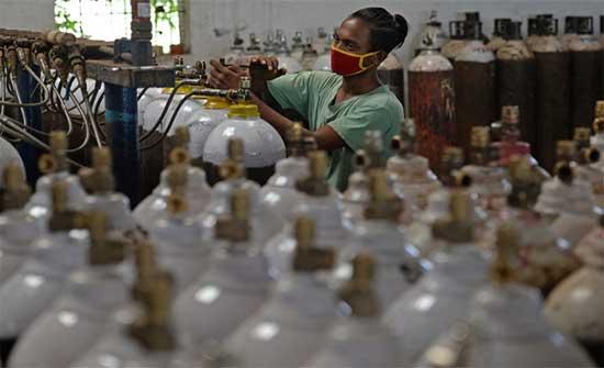 عدد قياسي جديد من الإصابات في الهند ونيودلهي تمدد إجراءات العزل