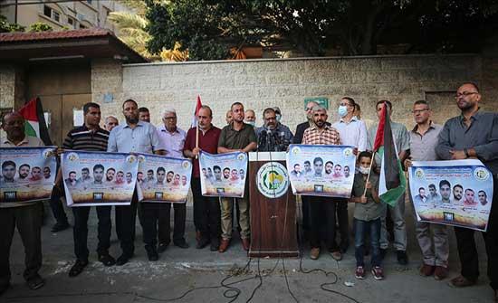 """""""فصائل فلسطينية"""" تحذر إسرائيل من تداعيات المساس بالأسرى"""