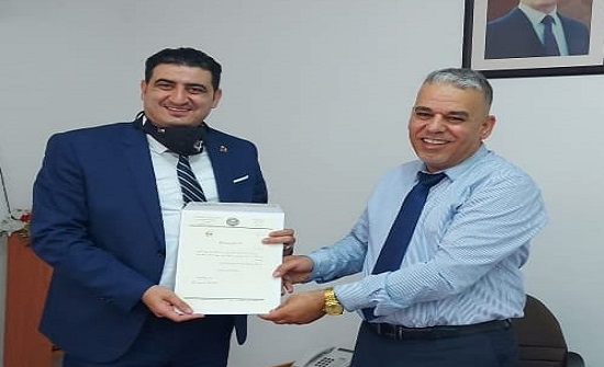 جامعة إربد الأهلية تكرم عضو مجلس الجامعة إبراهيم أبو حسان