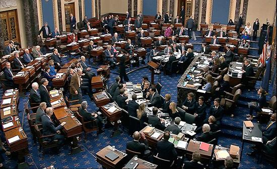 """أعضاء من """"الشيوخ الأميركي"""" يدعون الحوثي وإيران لوقف هجوم مأرب"""