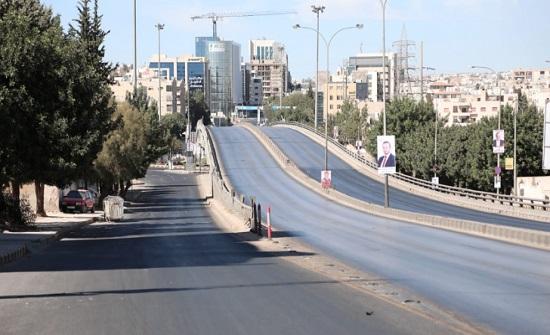 ضبط 97 شخصا مخالفا لحظر التجول الشامل في عمان