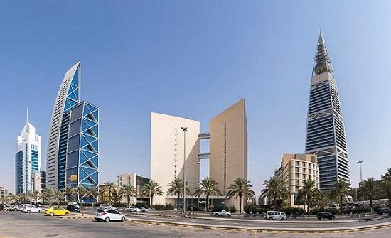 السعودية: تدابير مالية لمواجهة آثار كورونا وانخفاض سعر النفط