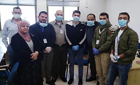 متطوعون يوصلون 150 وصفة طبية لمنازل المرضى