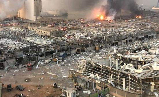 اصابة سفير كازاخستان في انفجار بيروت