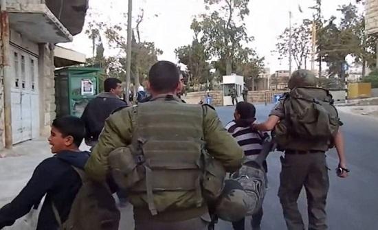 إصابات واعتقالات خلال حملة للاحتلال في الضفة الغربية