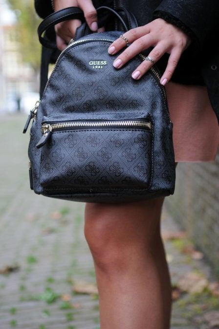 Guess rugzak leeza small backpack coal