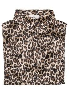 Pinned by k collar leopard