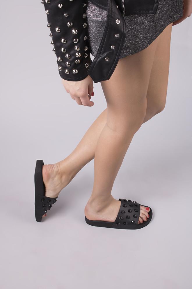 The white brand skull black slippers - The White Brand