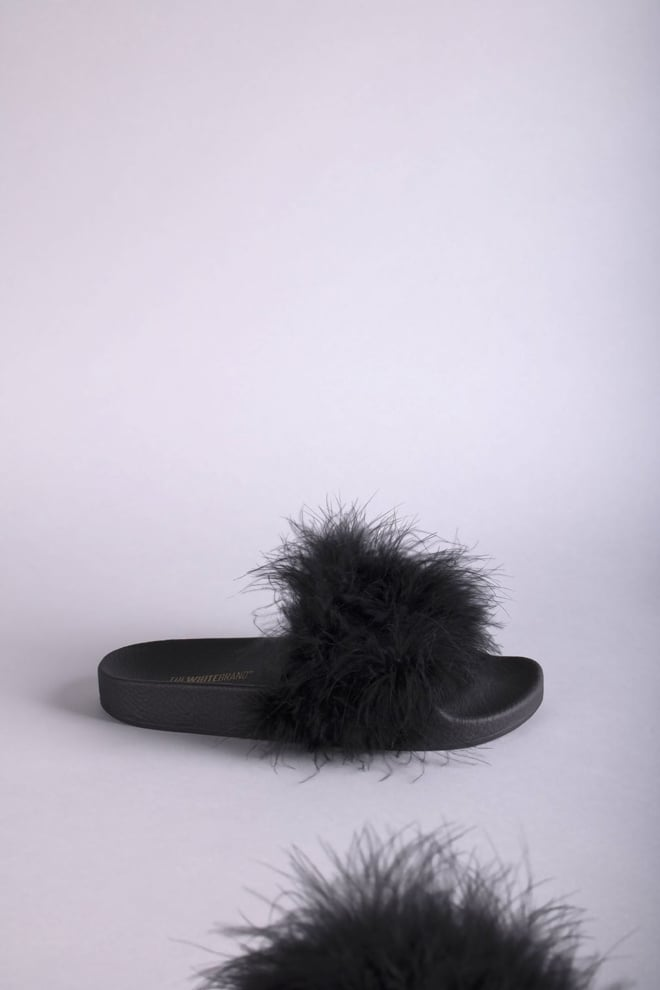The white brand feathers slippers black - The White Brand