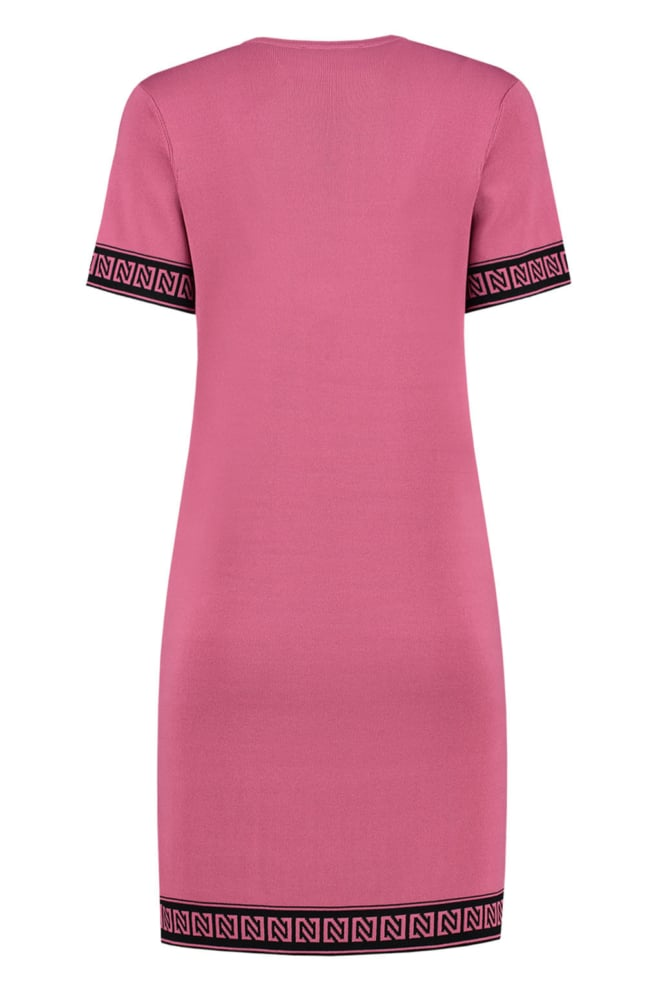 Nikkie by nikkie jolien branded dress roze - Nikkie