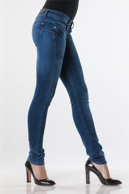 Eden schwartz divya 51-1 jeans