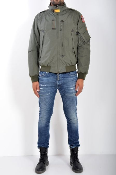 Parajumpers fire man 761 fisherman