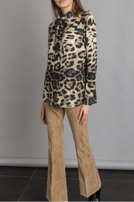 Rinascimento all-over print blouse beige