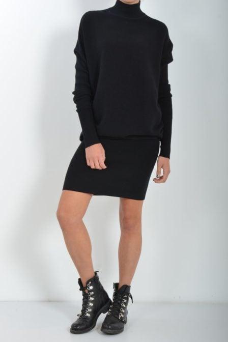 Reinders debby dress turlteneck true black