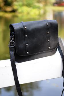 Legend farra bag black