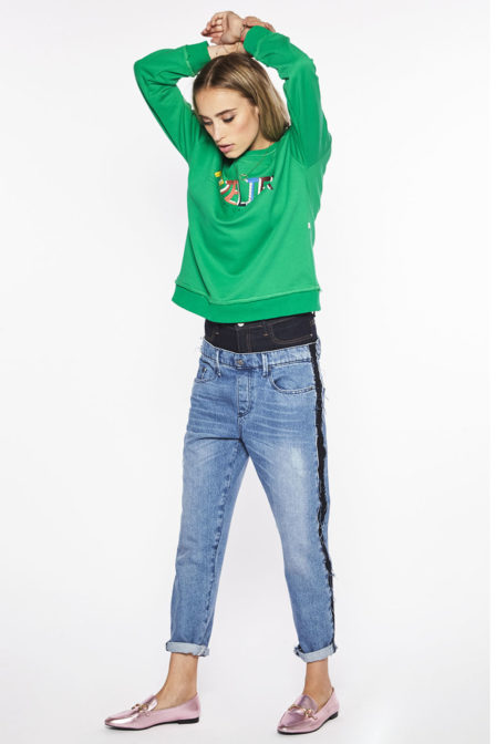 10feet sweater met vintage text print pine green