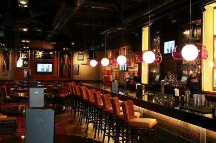 Cafe Leuchte Köln : hard rock cafe cologne k ln restaurants k ln ~ Watch28wear.com Haus und Dekorationen