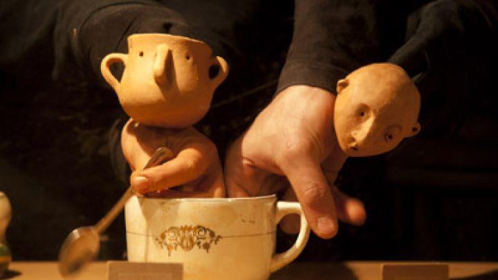 A Mano (Met De Hand) door El Patio Teatro (Spanje) — De Krakeling, theater voor de jeugd te Amsterdam