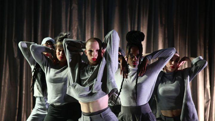 ROLE MODEL door DOX / Nicole Beutler projects  — De Krakeling, theater voor de jeugd te Amsterdam