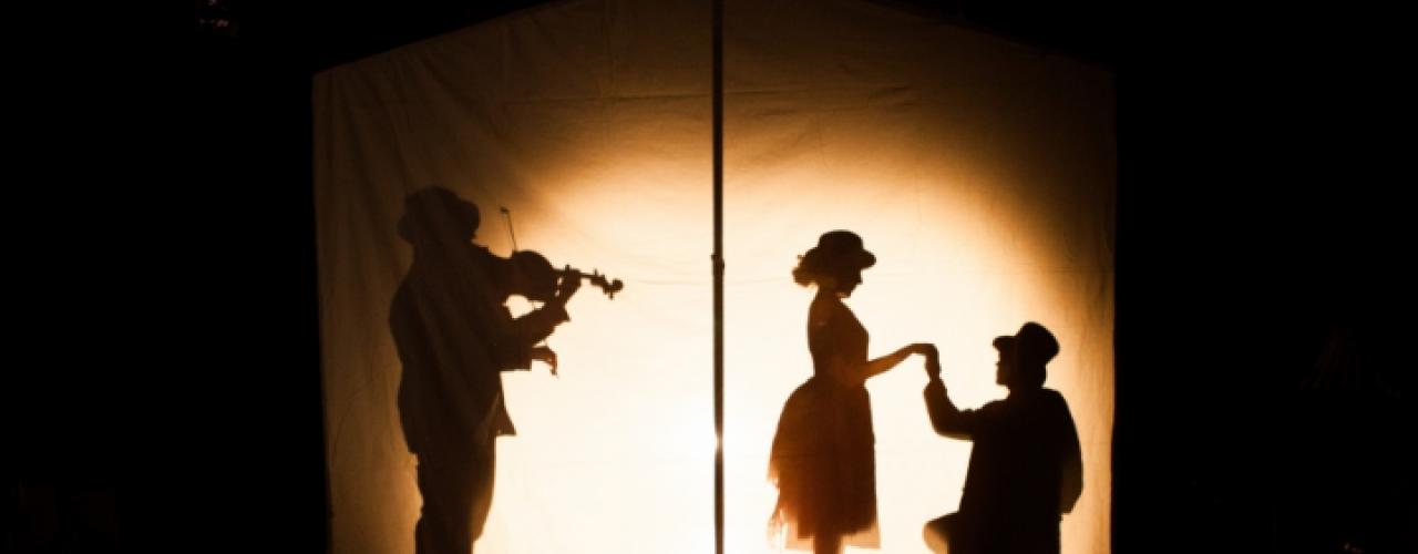 Het Meisje met de Zwavelstokjes door Het Kleine Theater — De Krakeling, theater voor de jeugd te Amsterdam