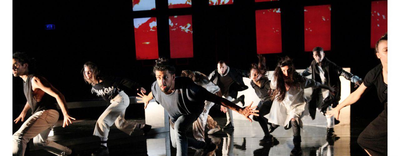 Young Brothers door De Krakeling / De Toneelmakerij / Danstheater AYA — De Krakeling, theater voor de jeugd te Amsterdam