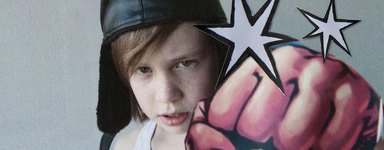 Bruno wordt een superheld door MaxTak — De Krakeling, theater voor de jeugd te Amsterdam