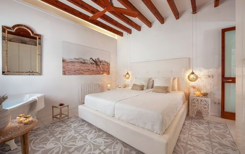 BEAUTIFUL-APARTMENT-SANTA-CATALINA-MALLORCA_9.jpg
