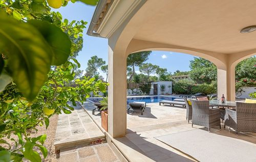 BEAUTIFUL-VILLA-PORTALS-MALLORCA_5.jpg