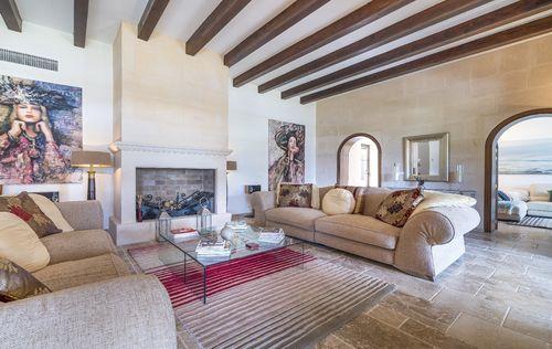 EXCLUSIVE-HOUSE-SANTA-PONSA-MALLORCA_2.jpg