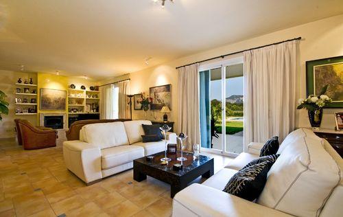 EXCLUSIVE-HOUSE-TAMUNTANA-VIEWS-MALLORCA.jpg
