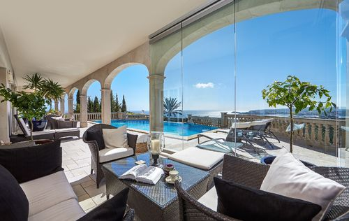 EXCLUSIVE-SEA-VIEW-VILLA-EN-BLANES-MALLORCA_13.jpg