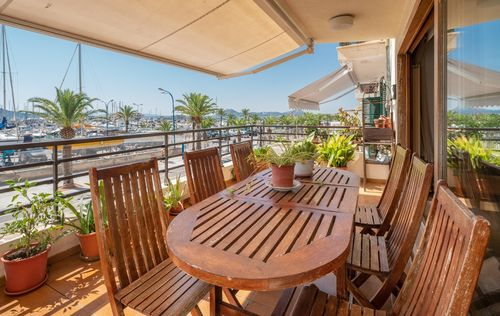 FIRST-LINE-APARTMENT-ALCUDIA-MALLORCA_4.jpg