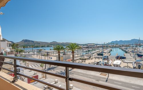 FIRST-LINE-APARTMENT-ALCUDIA-MALLORCA_9.jpg