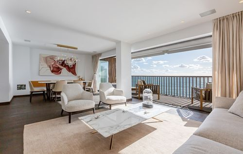 LUXURY-APARTMENT-BY-THE-SEA-CALA-MAYOR-MALLORCA_9.jpg