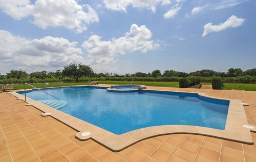 LUXURY-FINCA-IN-LLUCMAJOR-MALLORCA_23.jpg