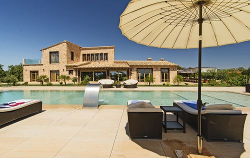 LUXURY-FINCA_MAIN-2.jpg