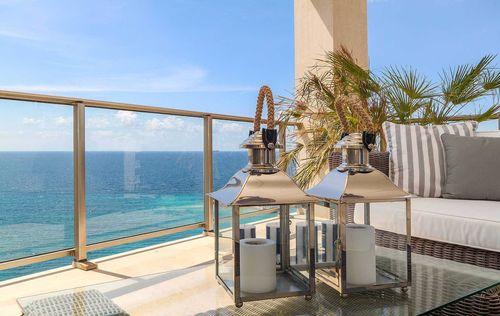 Luxury-Frontline-Penthouse-3.jpg
