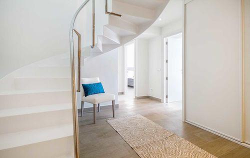 Luxury-Frontline-Penthouse-4.jpg
