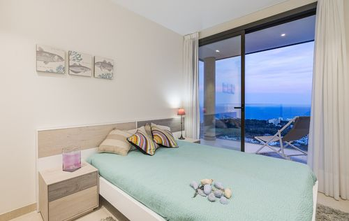 NEW-LUXURY-APARTMENTS-IN-GENOVA-MALLORCA_4.jpg
