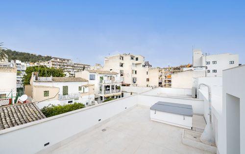 NEW-TOWNHOUSE-EL-TERRENO-MALLORCA_17.jpg