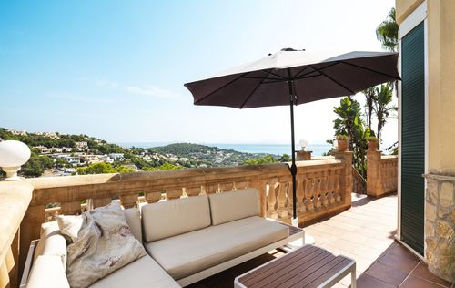 SEA-VIEW-VILLA-COSTA-BLANES-MALLORCA_15.jpg