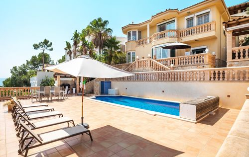 SEA-VIEW-VILLA-COSTA-BLANES-MALLORCA_2.jpg