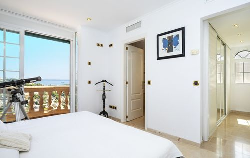 SEA-VIEW-VILLA-COSTA-BLANES-MALLORCA_8.jpg