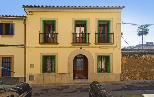 TOWNHOUSE-IN-SANTA-MARIA_29.jpg