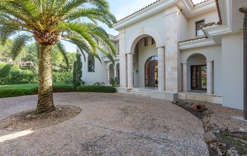 VILLA-AT-SANTA-PONSA-GOLF-MALLORCA_24.jpg