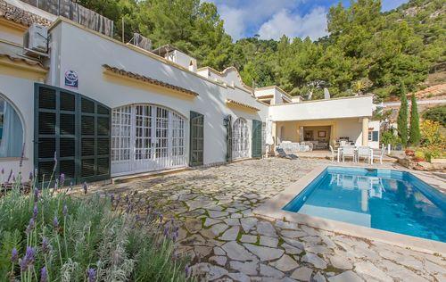 double-villa-with-fantastic-seaviews_8.jpg