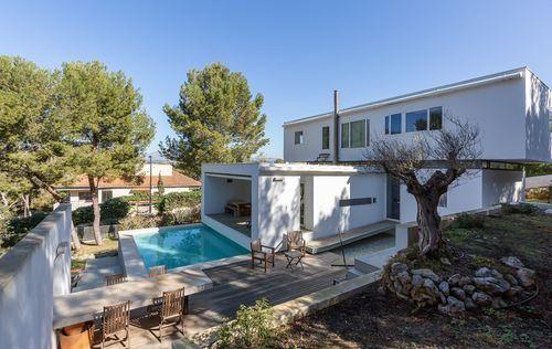 modern-villa-in-santa-ponsa_5.jpg