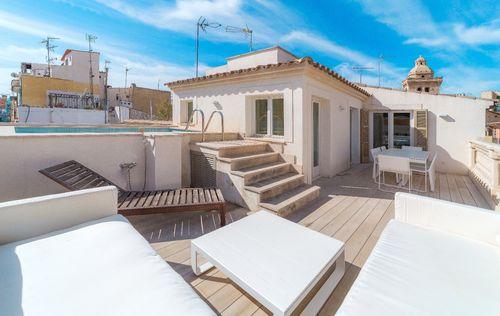 unique-apartment-in-old-town-palma-de-mallorca_4.jpg