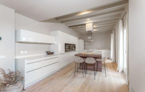 unique-apartment-in-old-town-palma-de-mallorca_6.jpg